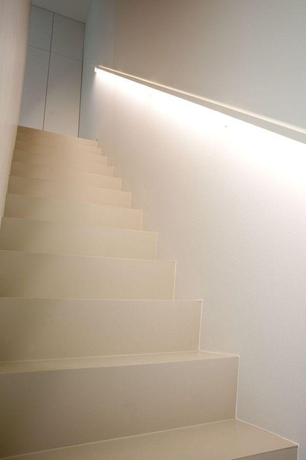 Verlichte trapleuning