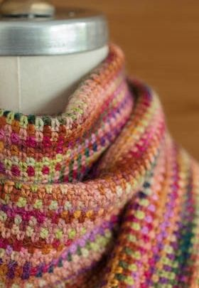 Crochet linen stitch scarf