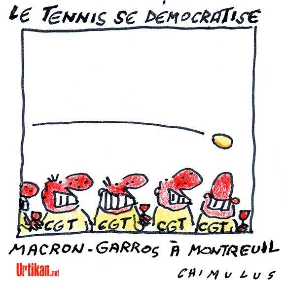 Emmanuel Macron accueilli par des jets d'oeufs à Montreuil - Dessin du jour - Urtikan.net