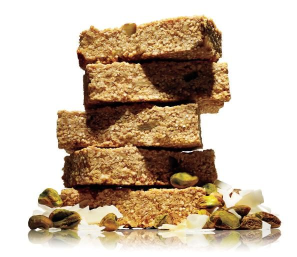 Don't give in to preservative-laden, sugar-frosted protein bars. The homemade version is a powerful, low-maintenance, and economic ally in muscle building and general health.