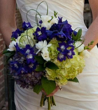 dark blue flowers for wedding bouquets 2 35 best images about blue amp green wedding on 3308