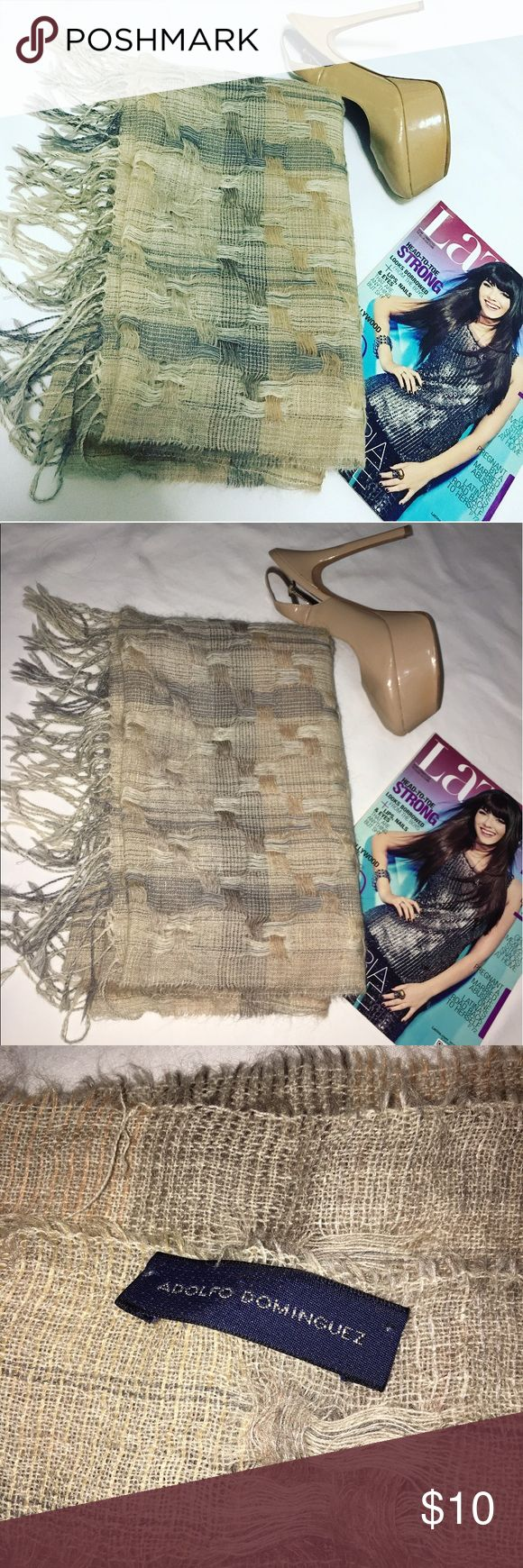 Adolfo Domínguez Tan Weaved Scarf In good condition Adolfo Dominguez Accessories Scarves & Wraps