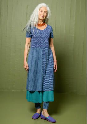 """Skandinavische Mode von Gudrun Sjödén - Das Trikotkleid """"Pistill"""" aus Micromodal/Elasthan ist aus mehreren Motivpartien zusammengesetzt und verfügt über einen schönen, runden Halsausschnitt. Kaufe dein Trikotkleid """"Pistill"""": http://www.gudrunsjoeden.de/mode/produkte/kleider"""
