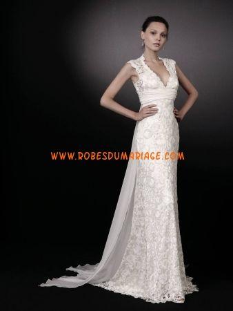 Peter Langner belle robe de mariée glamour longue col en V dentelle Style Vogue
