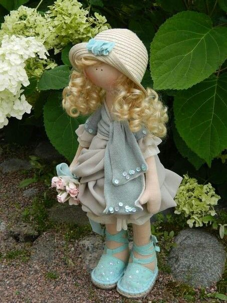 Violeta ~ Handmade Doll (I love her!)