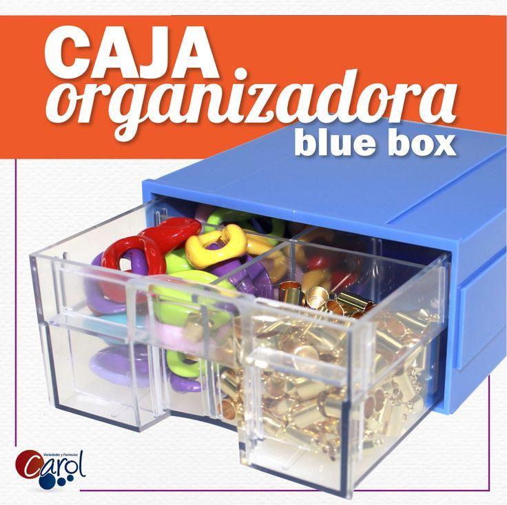 ¡Útil y práctico! ¿Tienes problemas para organizar, clasificar y proteger tus insumos? Esta ya no será una tarea difícil con nuestra Caja Organizadora Blue Box.  Encuéntrala  dando clic a este pin. #aretes #accesorios #moda #tendencias #utilypractico #organizador #bisuteria