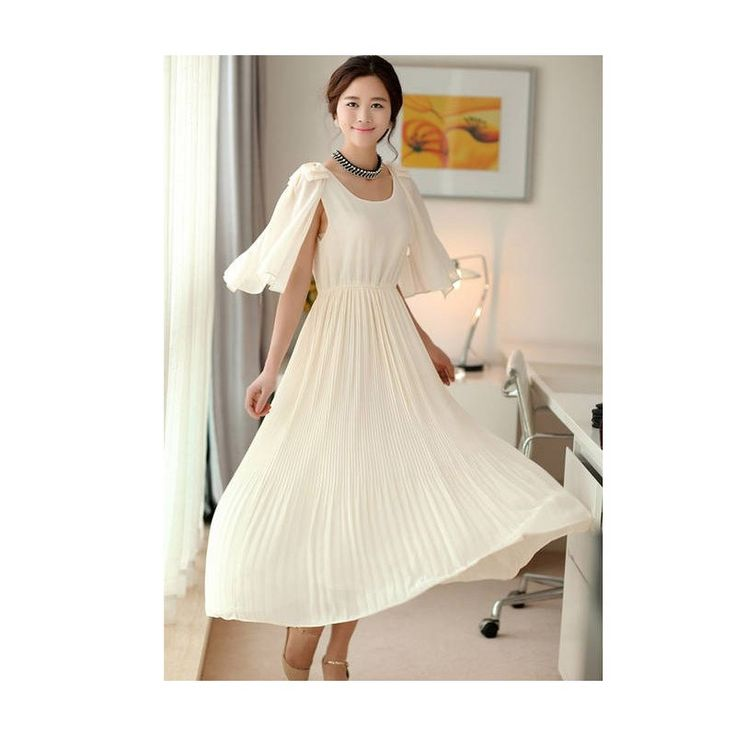 Girlie style with Maxi Dress (green or white) LD179 Model  76290 Condition  New  Chiffon Bust - 80-94cm Length - 118cm 440grams retail DR254,000reseller IDR190,500wholesaler IDR158,750
