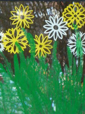 Blumen im Fenster (Meine grüne Wiese) | Fensterdeko