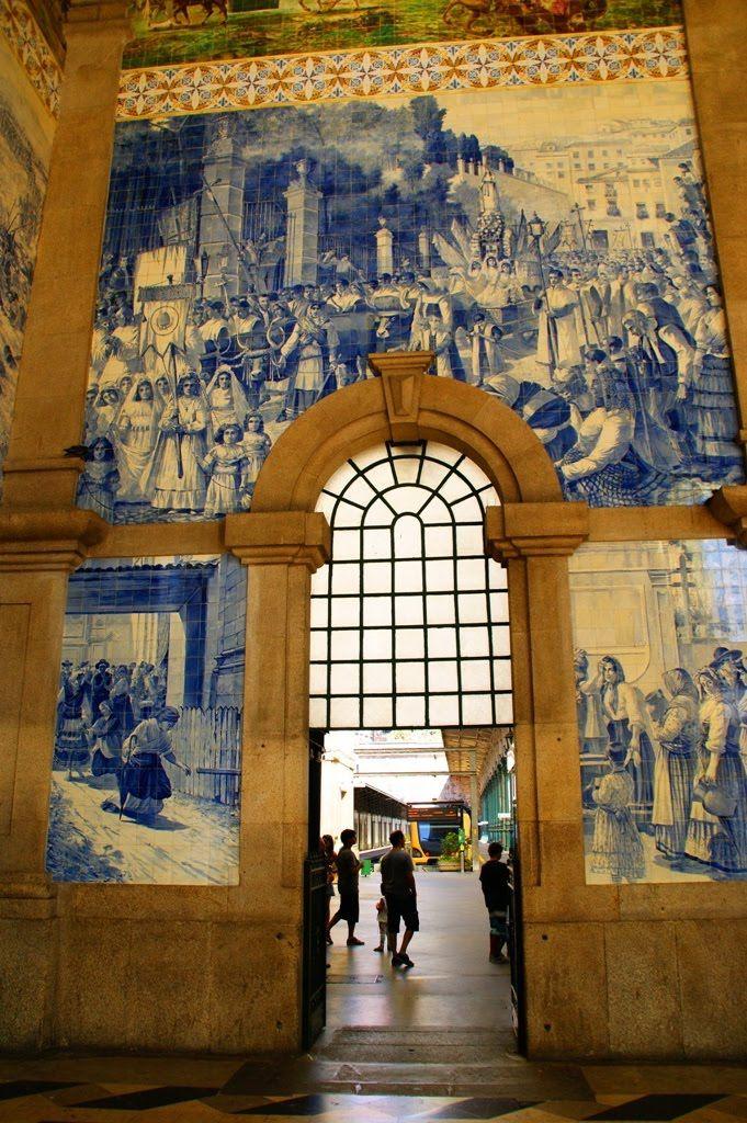 Porto, Estação de São Bento, Portugal |PicadoTur - Consultoria em Viagens | picadotur@gmail.com | (13) 98153-4577 | Quer viajar? Procure a PICADOTUR!