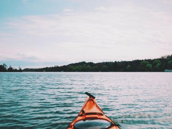 Gli sport estivi per bambini: la canoa