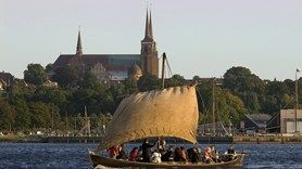 Located by the fjord in Roskilde, a mere 35 minutes from Copenhagen, the Viking Ship Museum in Roskilde offers a unique experience to adults and children ...
