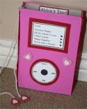 Een iPod surprise maken is heel makkelijk en kost je niet veel tijd. Op deze website vind je de handleiding hoe je hem moet maken. Veel materialen heb je al