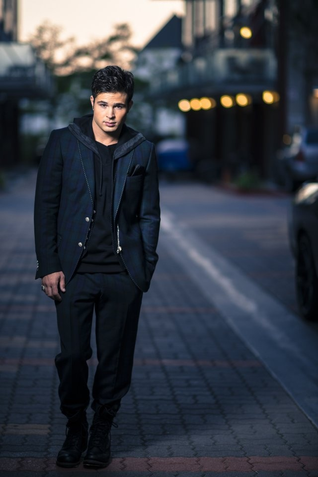Cody Longo as Eddie Duran ( is the son of Max and deceased wife Katy Duran. He's also Ellie Marino's love interest )