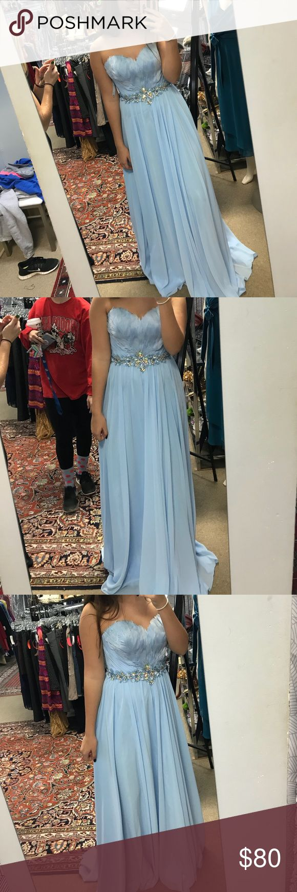 Prom dress never worn!!! it's a size 8 but i am a 4-6 in dresses 140 pounds and 5'6 and it's a little long on me but fits everywhere else perfectly! prom dress Dresses Prom