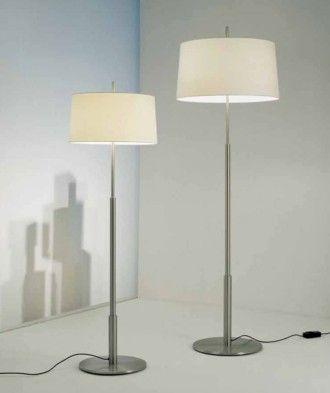 Lámpara de pie Diana de Miguel Milá y Santa & Cole