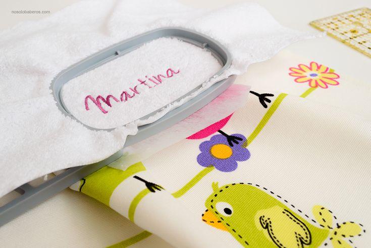 Cada detalle es importante para nosotros, confeccionamos nuestros baberos especialmente para tu bebé. #nosolobaberos #handmade #bib #bebe