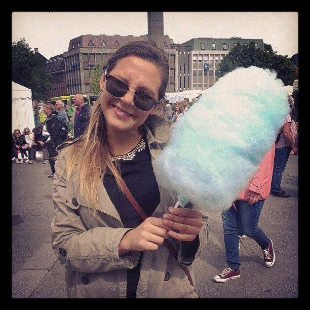 "@wikhel's photo: ""#martna, #sukkerspinn #yolo @hepso93"""