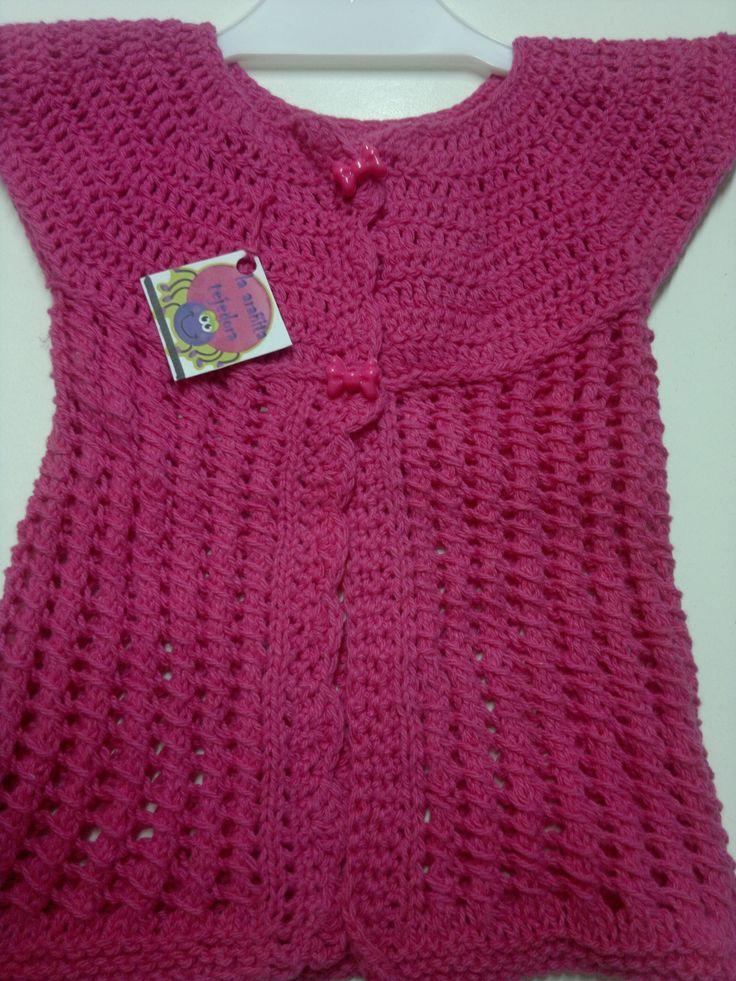 chalequito en tecnica mixta de crochet y tricot
