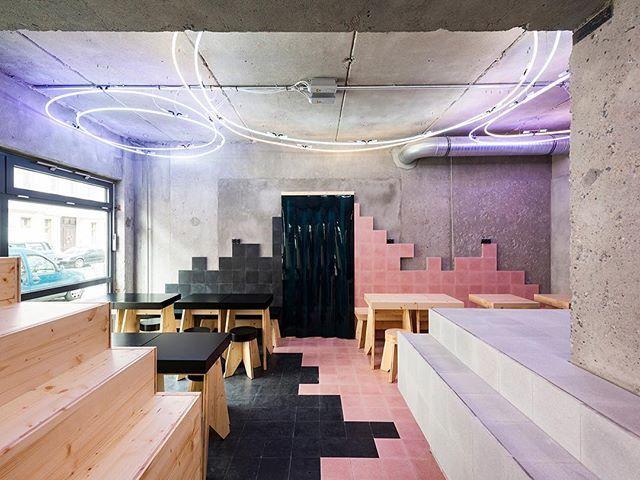 albertofrancogomisBeets & Roots restaurant. Berlín. AAS González - Haase #architecture #design #interiordesign #berlin #interiors
