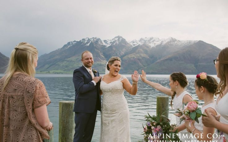 Queenstown Celebrant - Queenstown wedding by the lake with the kids!