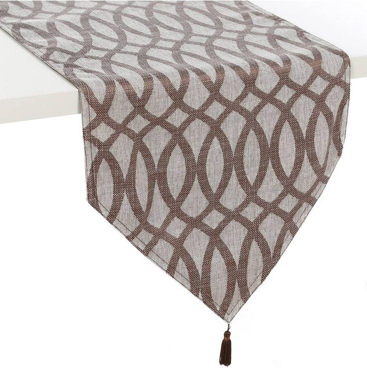 El color #marrón de este camino de mesa es ideal para combinarlo con nuestra #decoración al mismo tiempo que el estampado geométrico dará un nuevo aire moderno a nuestra decoración. ¡Envío gratuito!