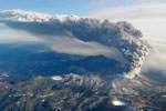 Erupción de volcán en Japón - 01 de February del 2011