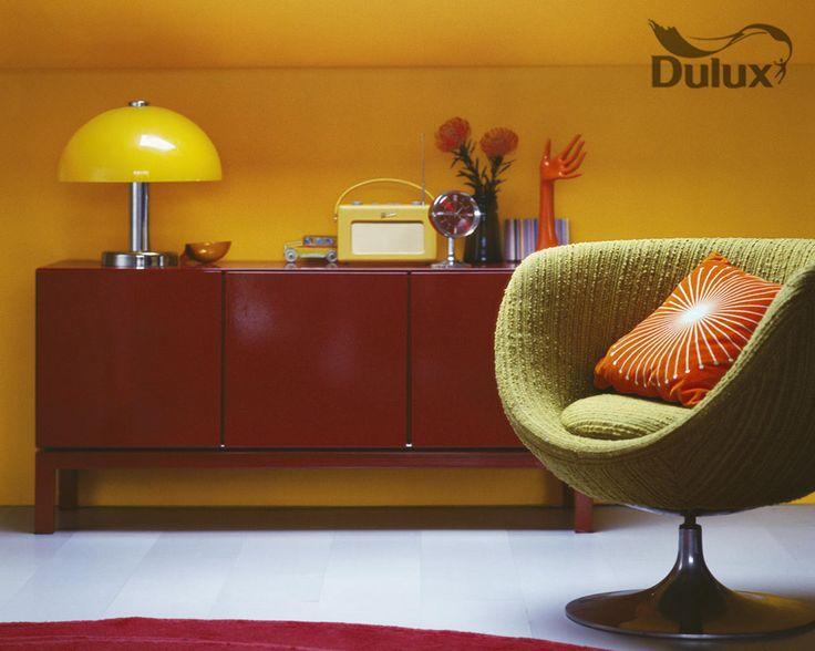#DuluxInspiruje  Wybierz żółty, aby osiągnąć natychmiastowy efekt ocieplenia. Stonowane odcienie żółtego są idealne, gdy chcesz dodać odrobinę słońca do pomieszczenia.
