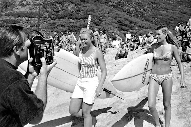 Joyce Hoffman and Margo Godfrey: female surfing stars in 1968