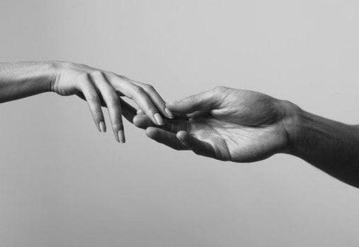 френки картинки прикасающиеся руками самых интересных них