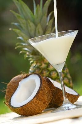 Passionately Raw! - Hawaiian Dream Coconut Smoothie