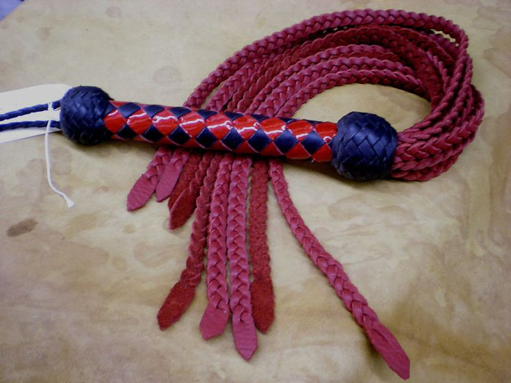 """Hand crafted Leather Cat o' Nine Tail, Blk & Red Diamond Handle 31"""" Flat Br CAT3 #Whip"""