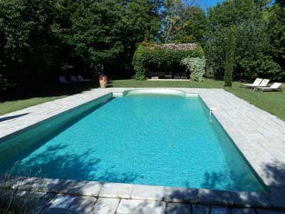 Piscine des Chambres d'hôtes à vendre à Althen-des-Paluds en Vaucluse