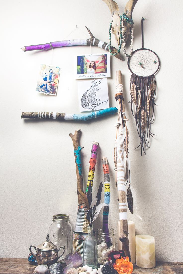 SoulMakes The Blog: Painted Sticks DIY, awww these look sooo amazing and creative and just fantastic! Have to do this!