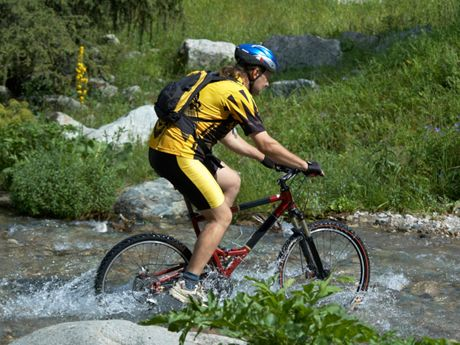 How to Finish a 100-Mile Mountain Bike Race