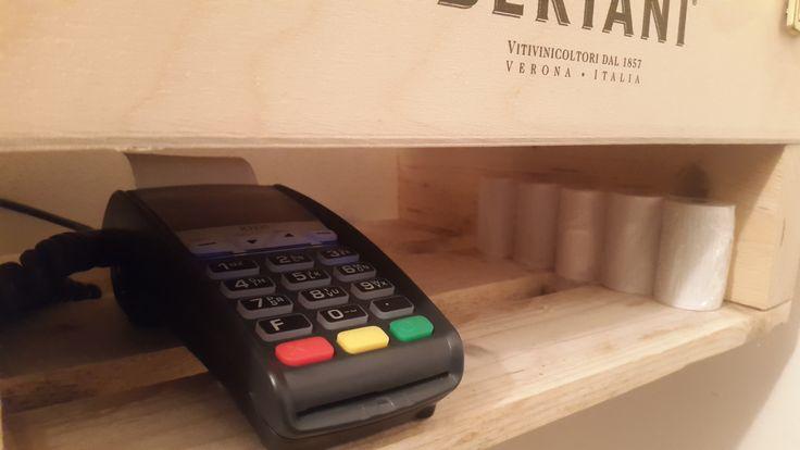 Mensola Bancomat con Cassetta del Vino e Bancalino