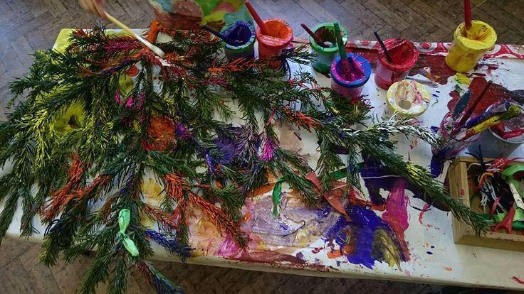 Painting a real xmas tree