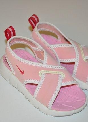 Kaufe meinen Artikel bei #Mamikreisel http://www.mamikreisel.de/kleidung-fur-madchen/sandalen/19255973-nike-babysandalen-in-gr-22