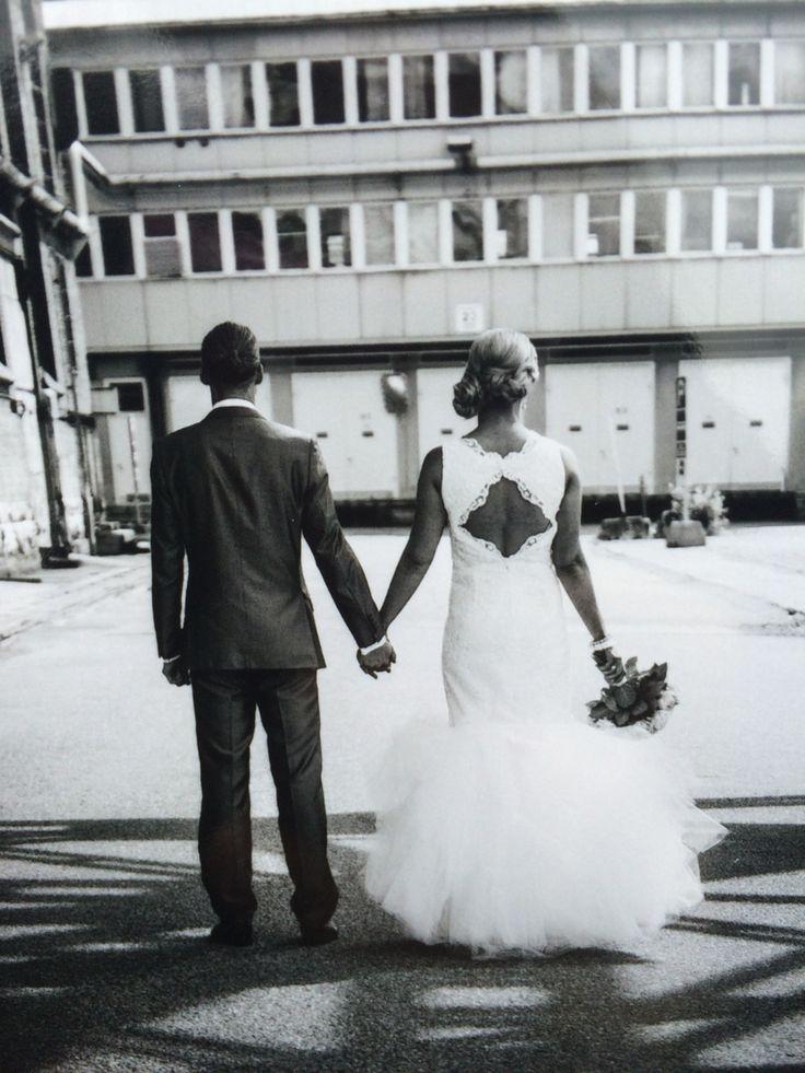 Valkoinen pitsihääpuku #tyllihelma #irrotettava helma #tyllihame #häiden jatkomekko #uniikki hääpuku #I love dresses #you.love.dresses@gmail.com