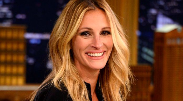 Julia Roberts, an American actress.Check out her biography, height, weight, body measurements, age, boyfriend, family, net worth and facts.