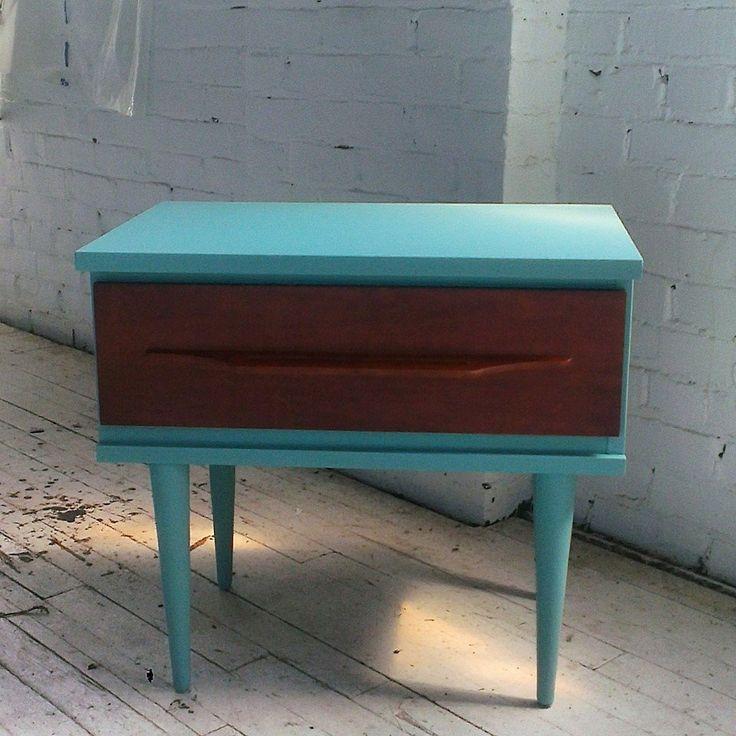 Table de nuit vintage en bois mid century peinture la craie cr ation mix - Table de nuit vintage ...
