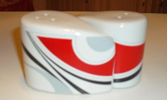 Mid Century Atomic Design 1960s Salt And Pepper Shakers