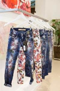 Germany : Vicunha Europe rolls out blue gold denim trends for SS15 - Fashion News Germany