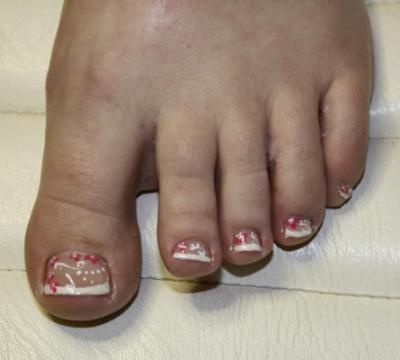 french pedicure toes | french gel met nail art french met rode bloemen french