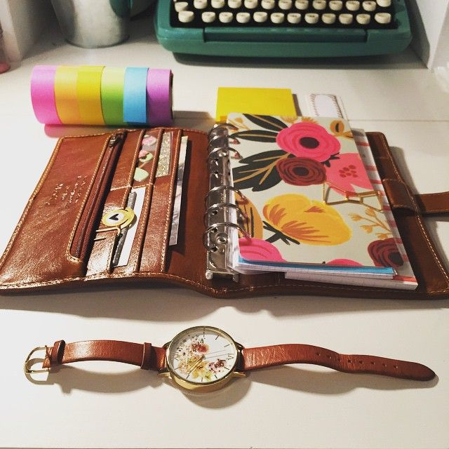 Never knew what I was missing until I came home from vacation to the Best. Planner. Ever. I thought I just wasn't a Filofax girl. I thought wrong. And I am so lucky to have people in my life who love (and enable!) me. The leather! The floppiness! The pockets! #filofax #malden #maldenochre