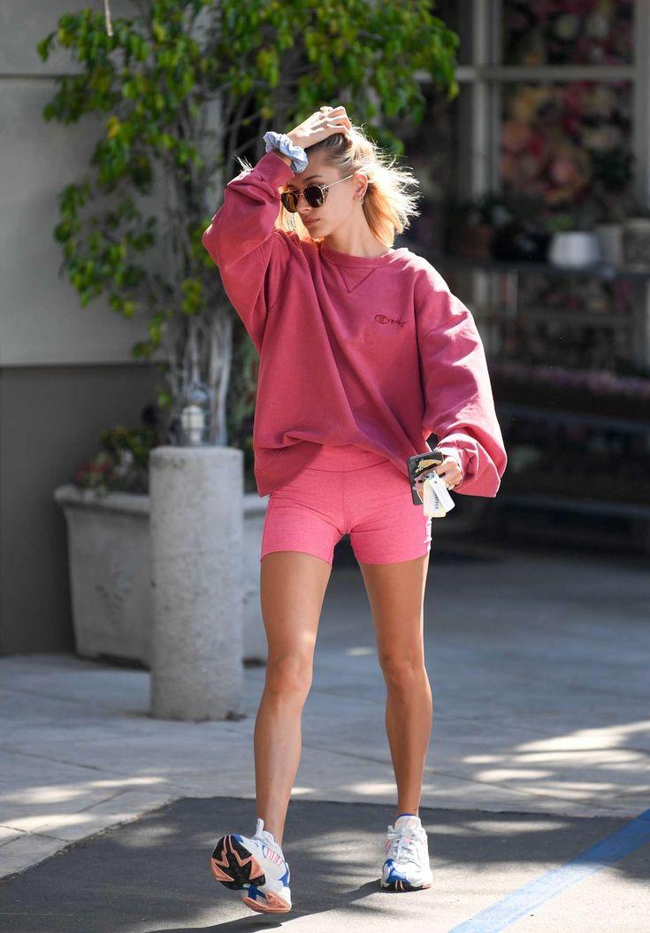 Sweatshirt Oversized Hailey Baldwin #radlerhosen #kombinieren #modetrends #somme…