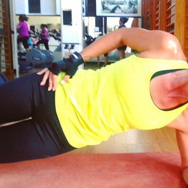 #abs #abdominales #laterales #fitnessmotivation #training #traininsane #trainlikeagirl #fitness #fitlifestyle #fitmom #fit #fitnesswoman #fitnessphysique #fitnessaddict #fitnessmotivation #progress #fitnessfreak #nikolaydobrev #fitnessgirl #workout #pushit #icaniwill #progress #fitspiration