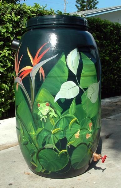 Ideas for Painting of Water Tank - Community Garden Learn how to make a rain barrel.