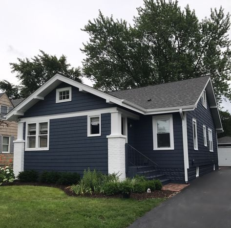 Best The Finished Flip House Paint Exterior House Exterior 400 x 300