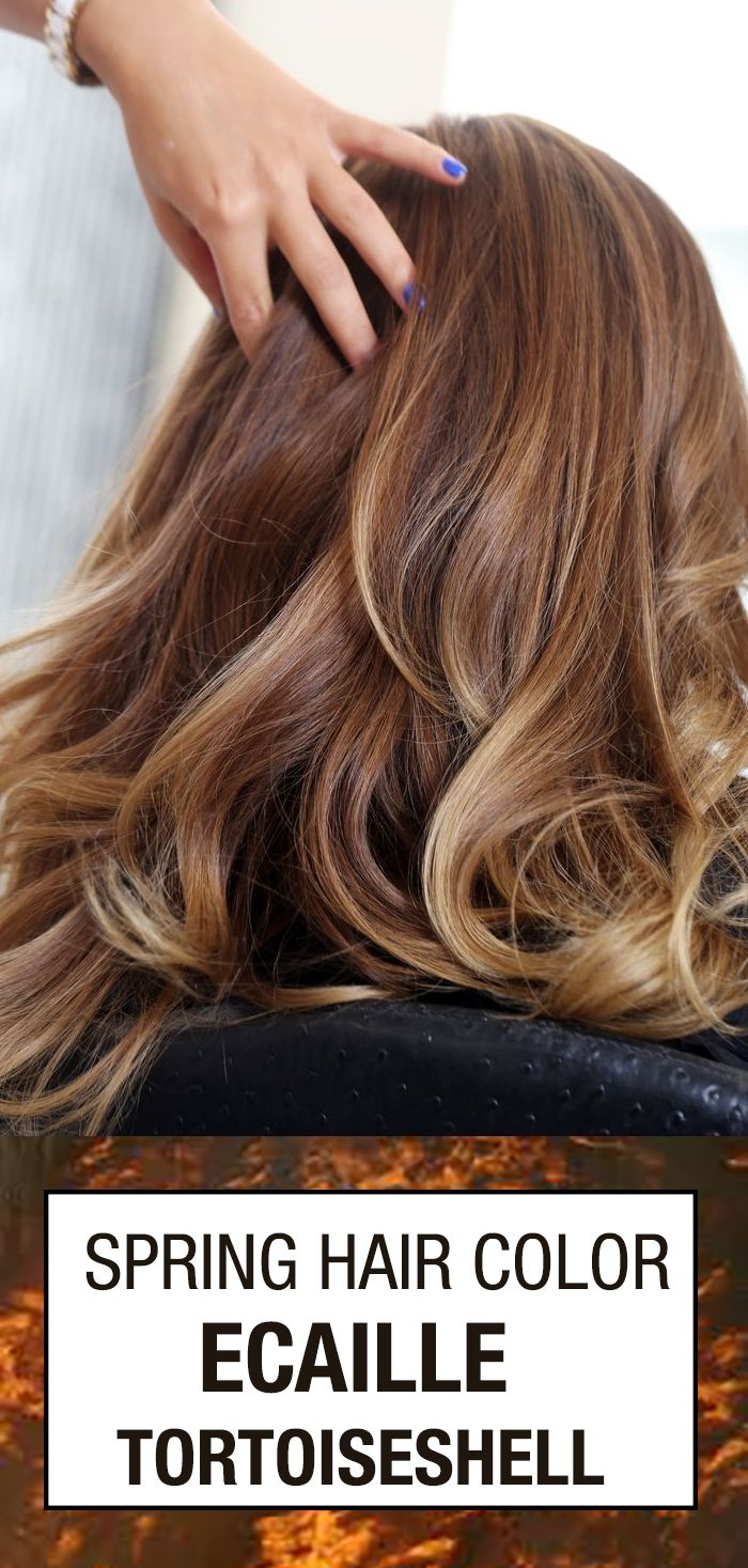 Here's everything you need to know about this spring hair color idea for bruntettes or blondes. Ecaille Tortoiseshell Hair color is best achieved if you follow these techniques and tips! Don't you love the caramel, honey, and toffee tones?