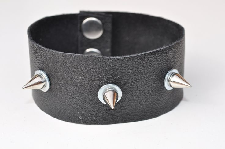 Studded leather bracelet for men - spiked bracelet - leather cuff bracelet…